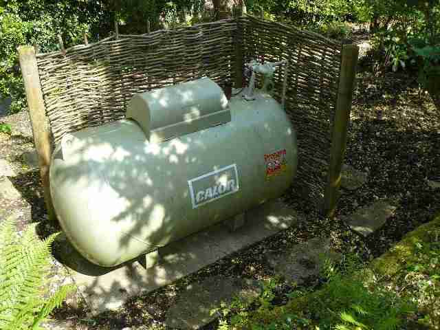Image of a LPG gas tank.